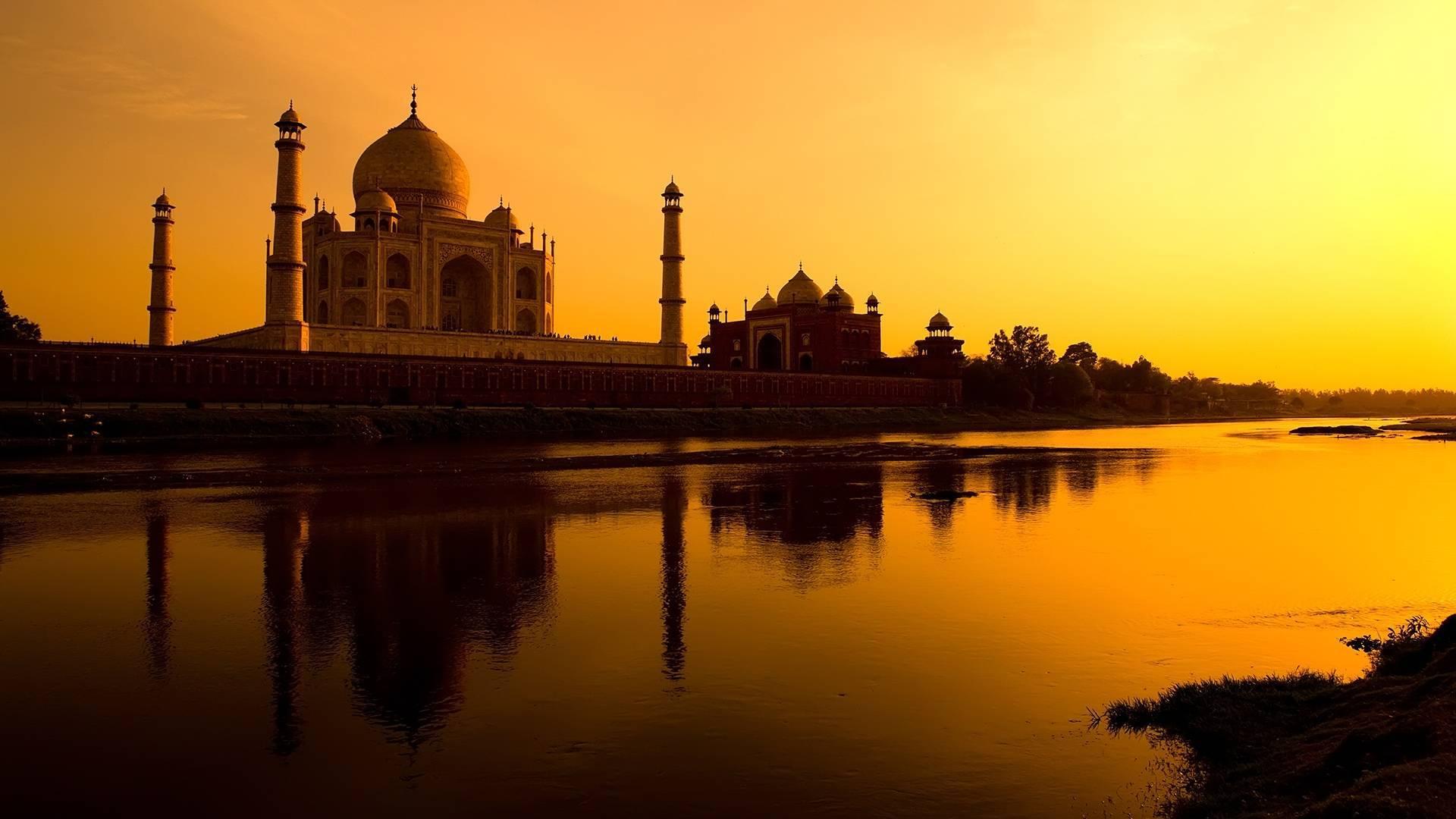 Funny Taj Mahal Pictures