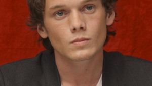 Anton Yelchin Iphone Sexy Wallpapers