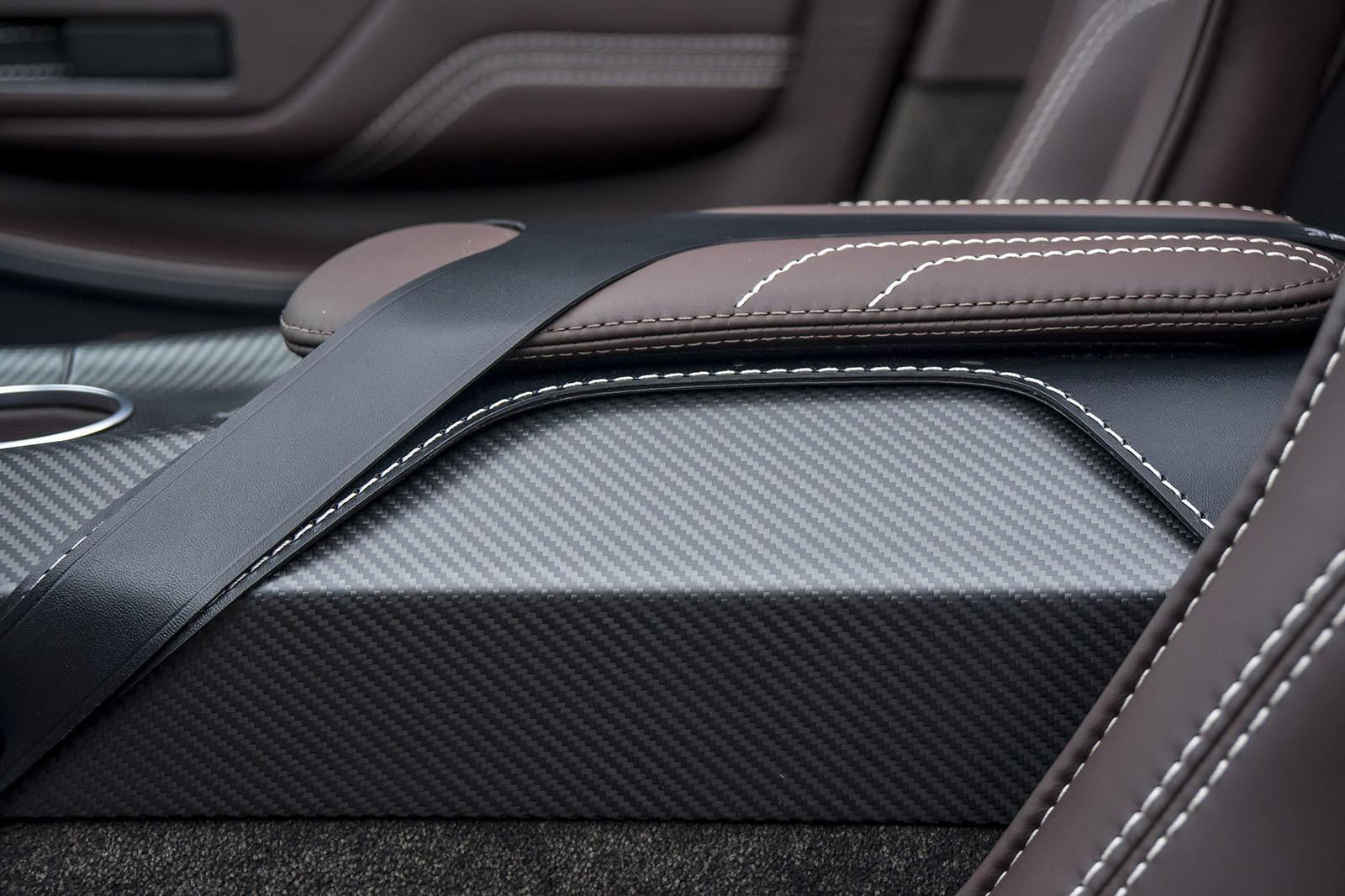 Aston Martin Vantage GT12 Roadster HD Background