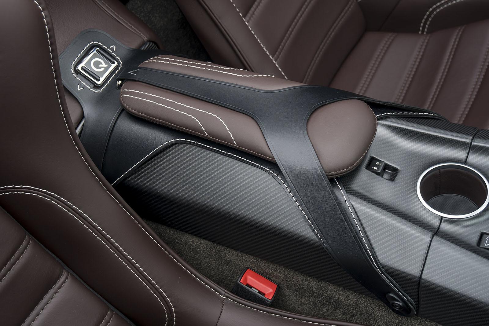 Aston Martin Vantage GT12 Roadster HD Desktop