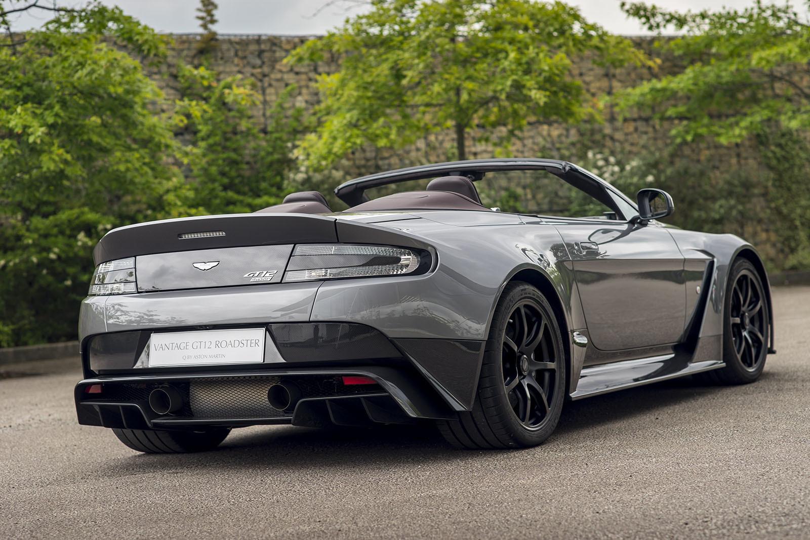 Aston Martin Vantage GT12 Roadster Wallpapers HD