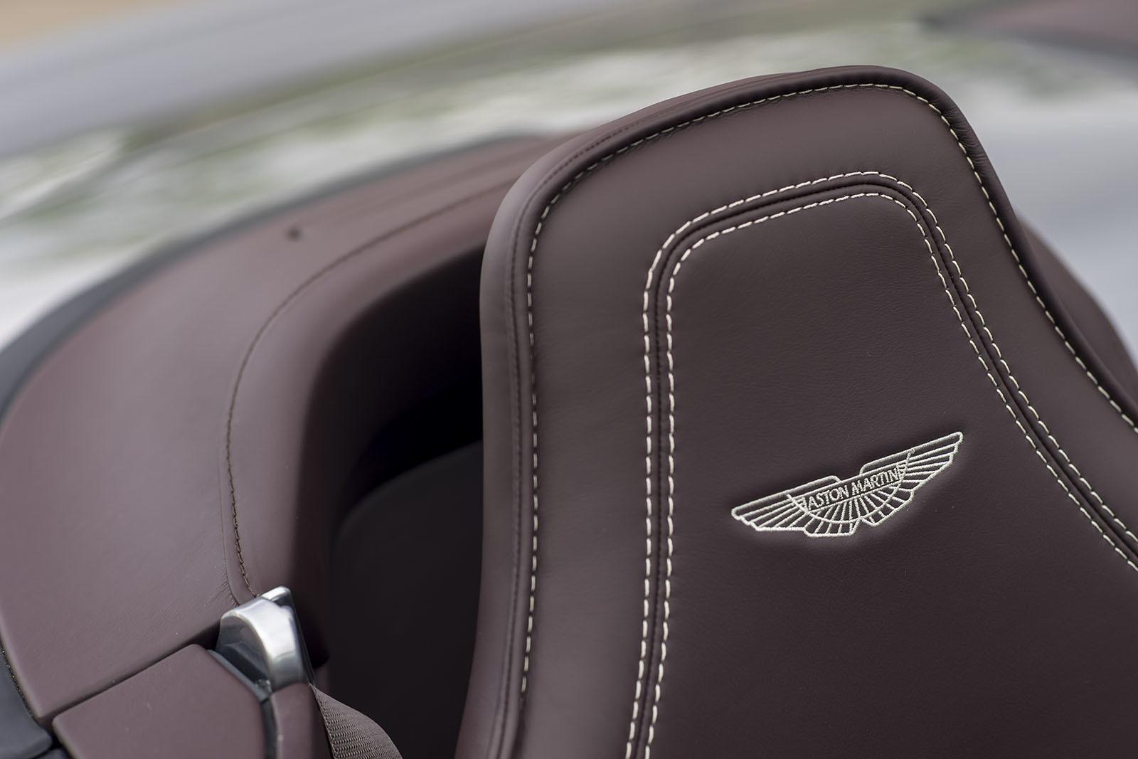 Aston Martin Vantage GT12 Roadster For Desktop