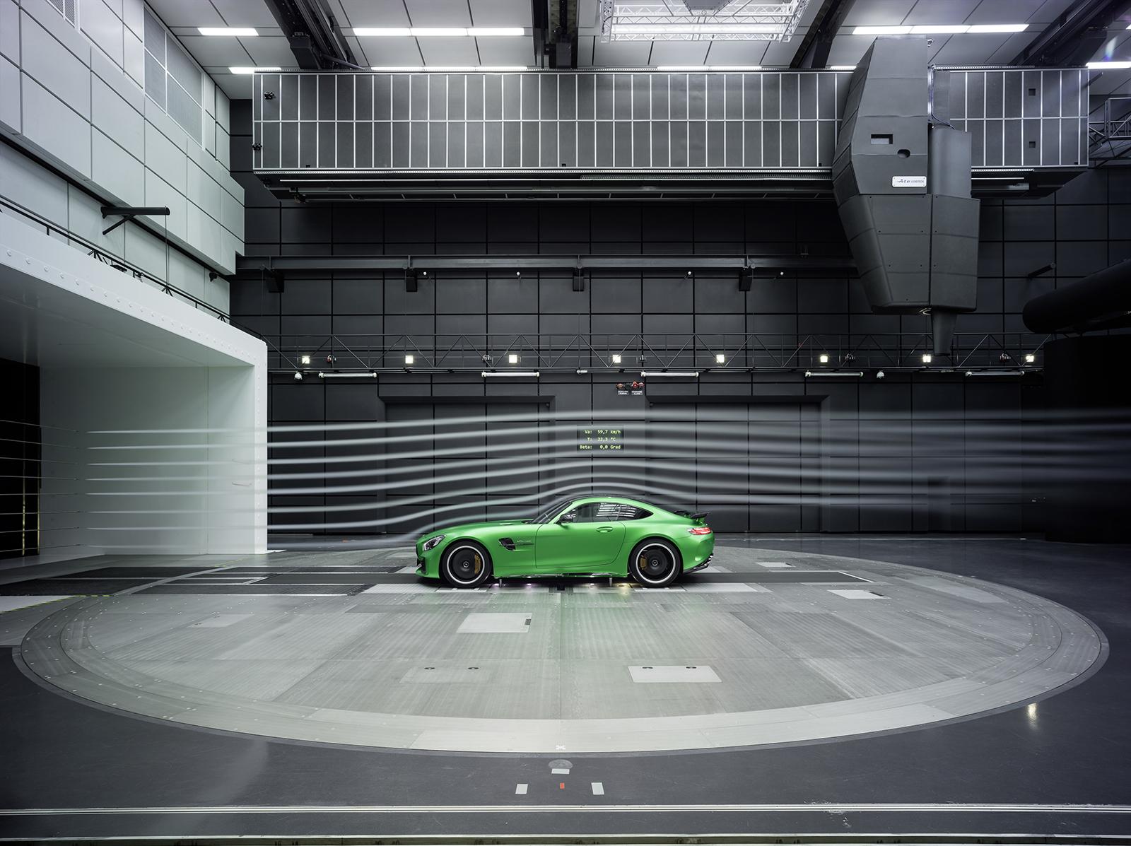 Mercedes AMG GT R New Wallpaper