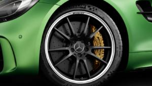 Mercedes AMG GT R Widescreen