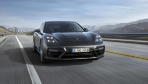 Porsche Panamera 2016 Wallpapers HD