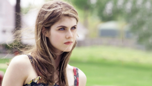 Alexandra Daddario Iphone Wallpapers14