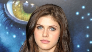 Alexandra Daddario Download Wallpapers6