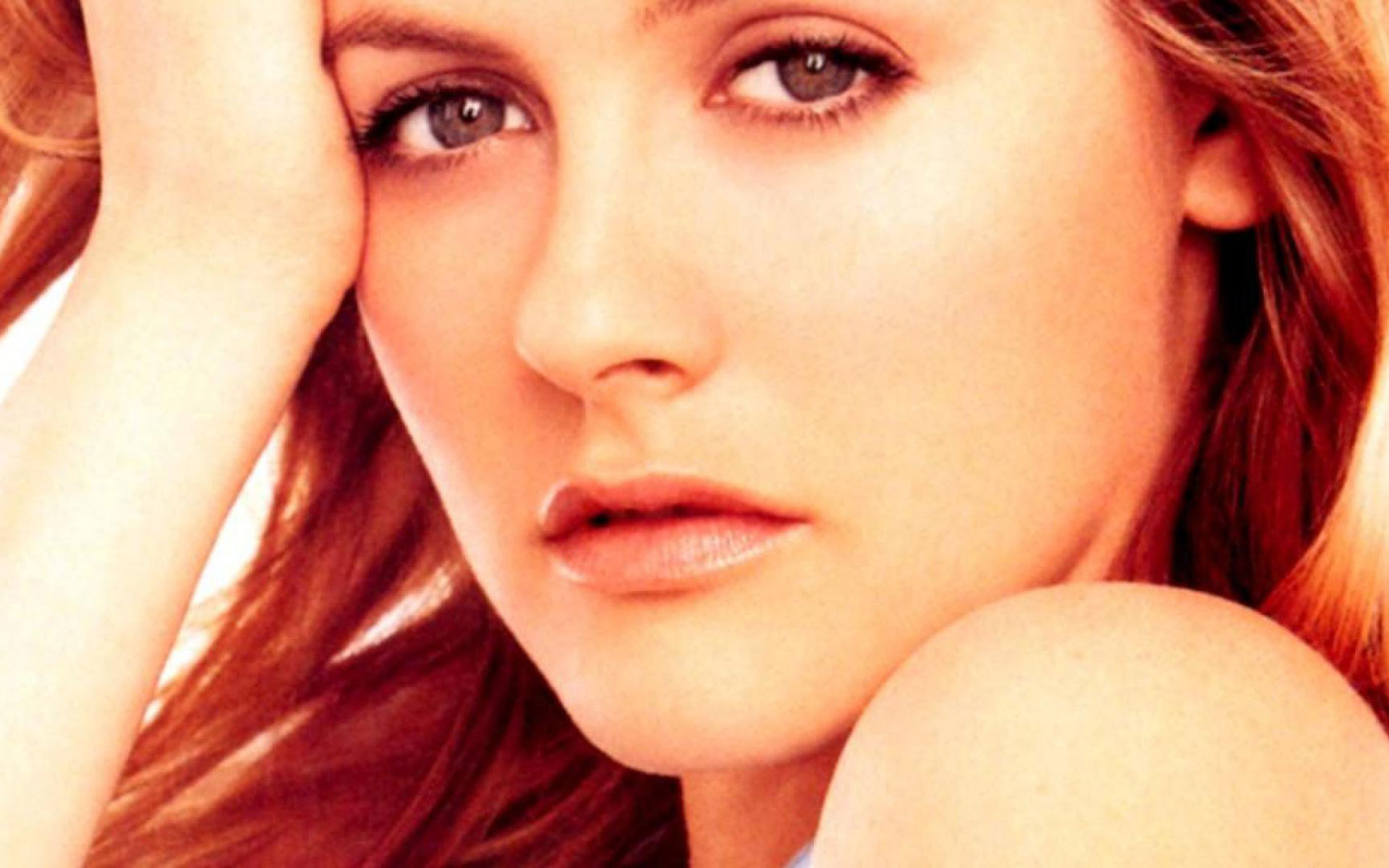Alicia Silverstone Wallpapers Hd