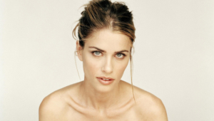Amanda Peet High Definition