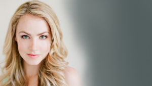 Amanda Schull HD Wallpaper