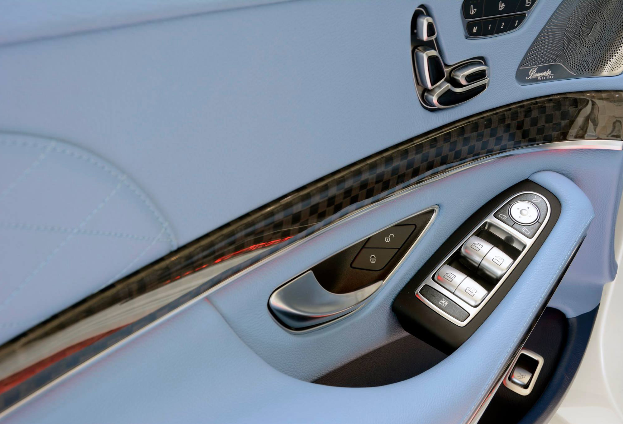 Brabus Maybach Rocket 900 Pictures