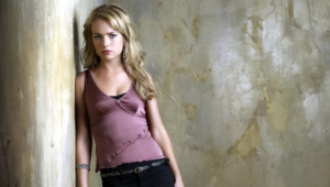 Brittany Robertson Wallpapers HD