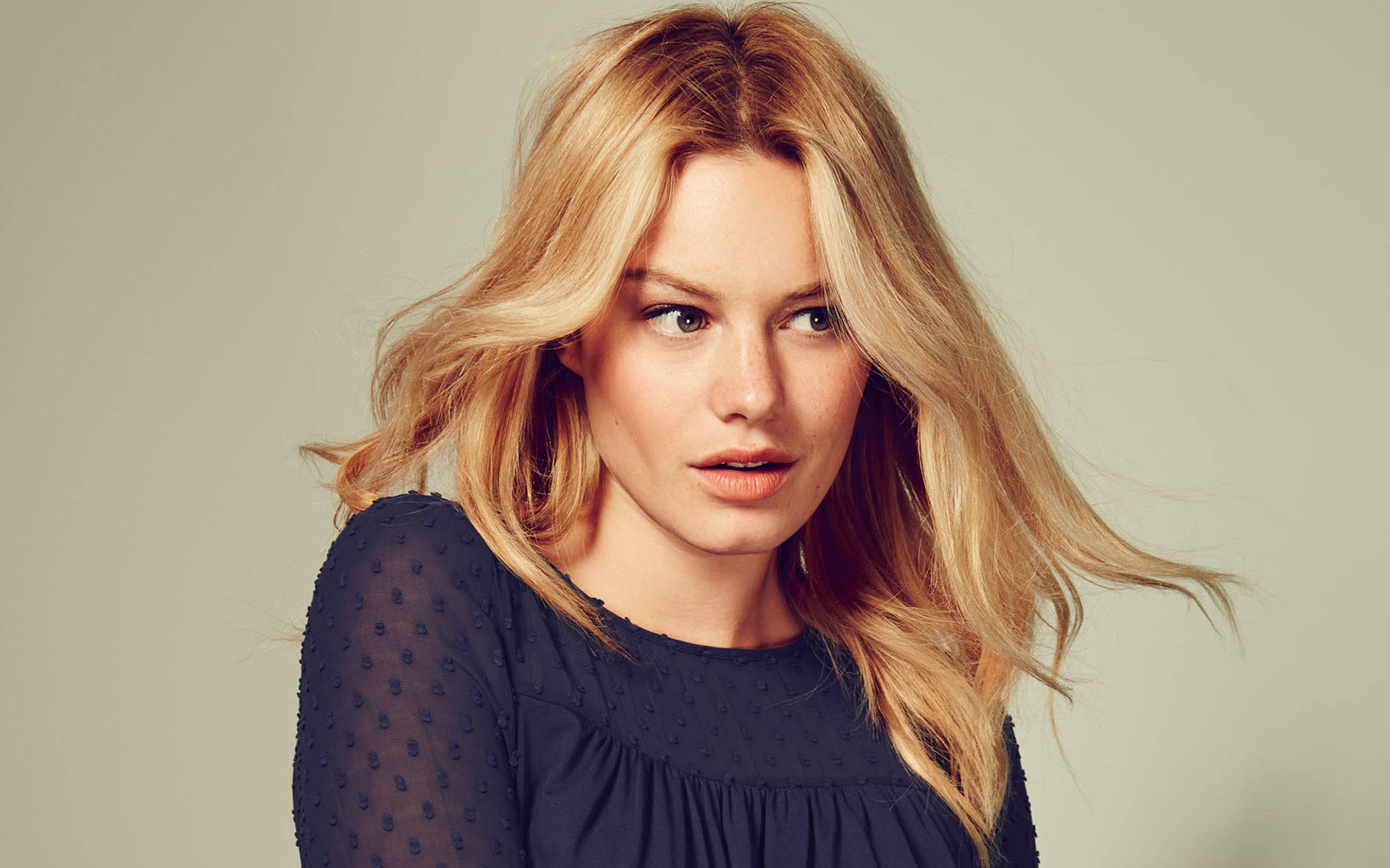 Camille Rowe 4K