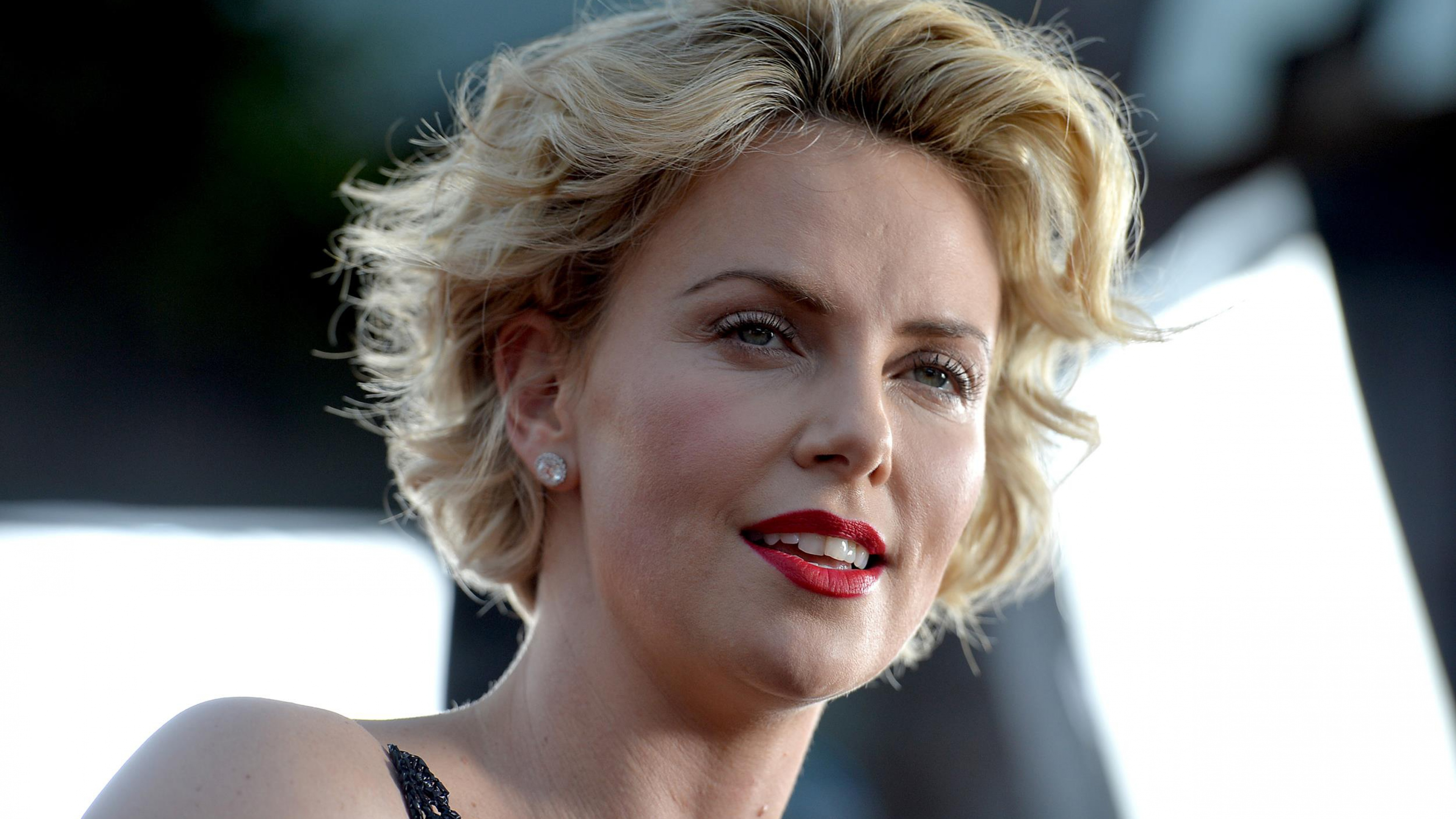 Charlize Theron Pictures