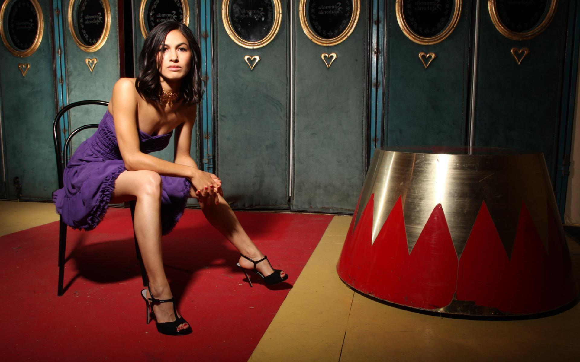 Elodie Yung Background