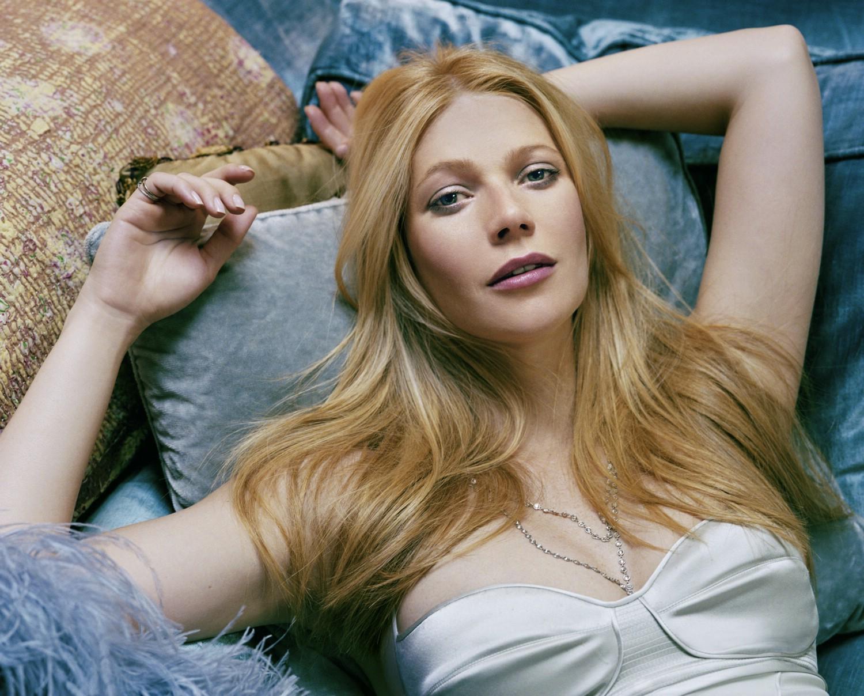 Gwyneth Paltrow HD Background