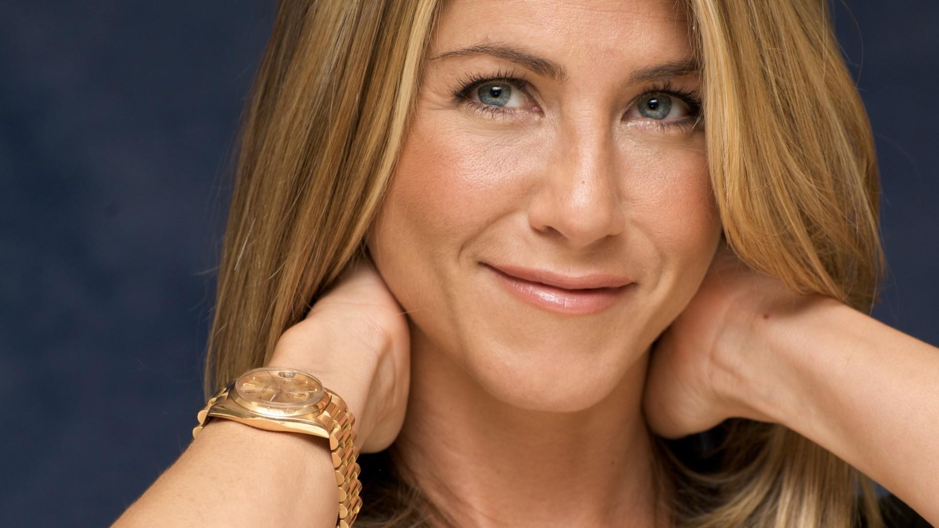 Jennifer Aniston Widescreen