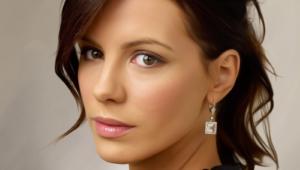 Kate Beckinsale Background