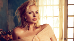 Margot Robbie Desktop Wallpaper