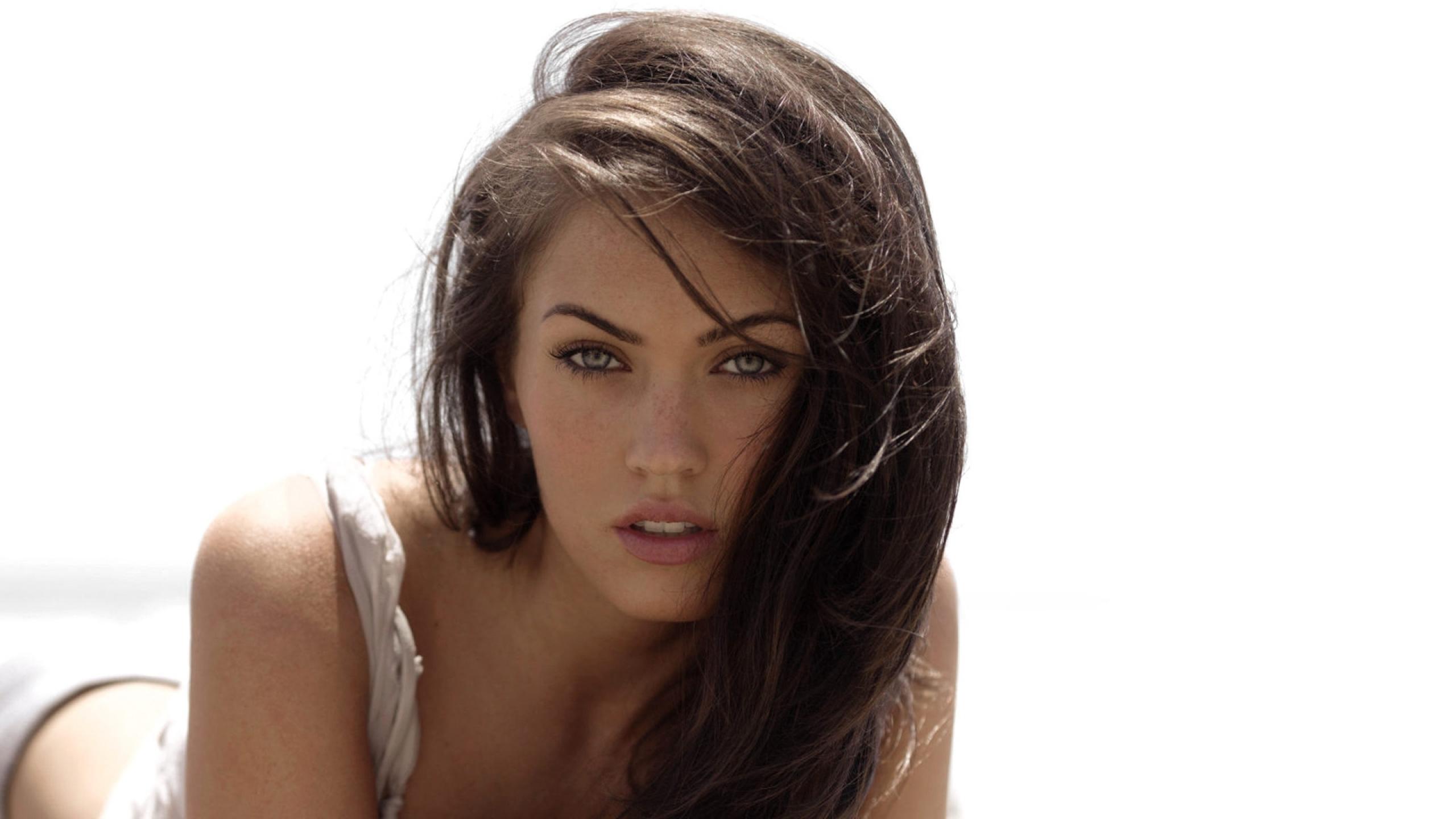Megan Fox HD Background