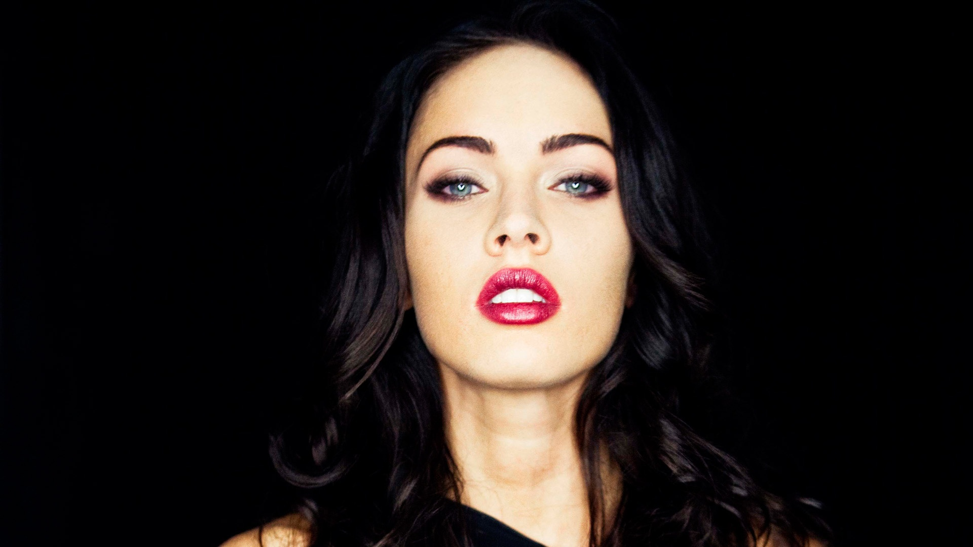 Megan Fox Wallpaper For Windows