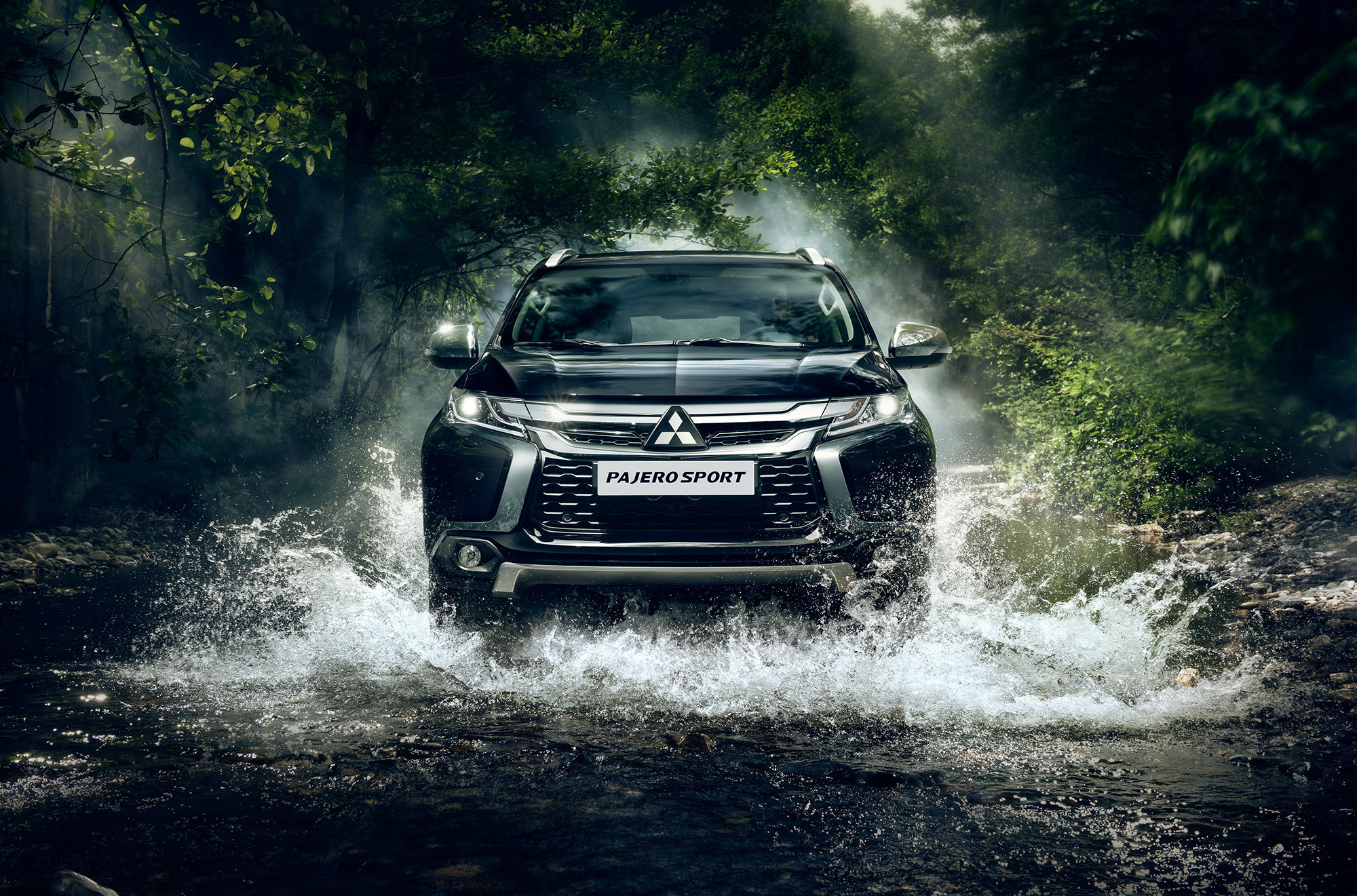 Mitsubishi Pajero Sport 2016 Wallpapers