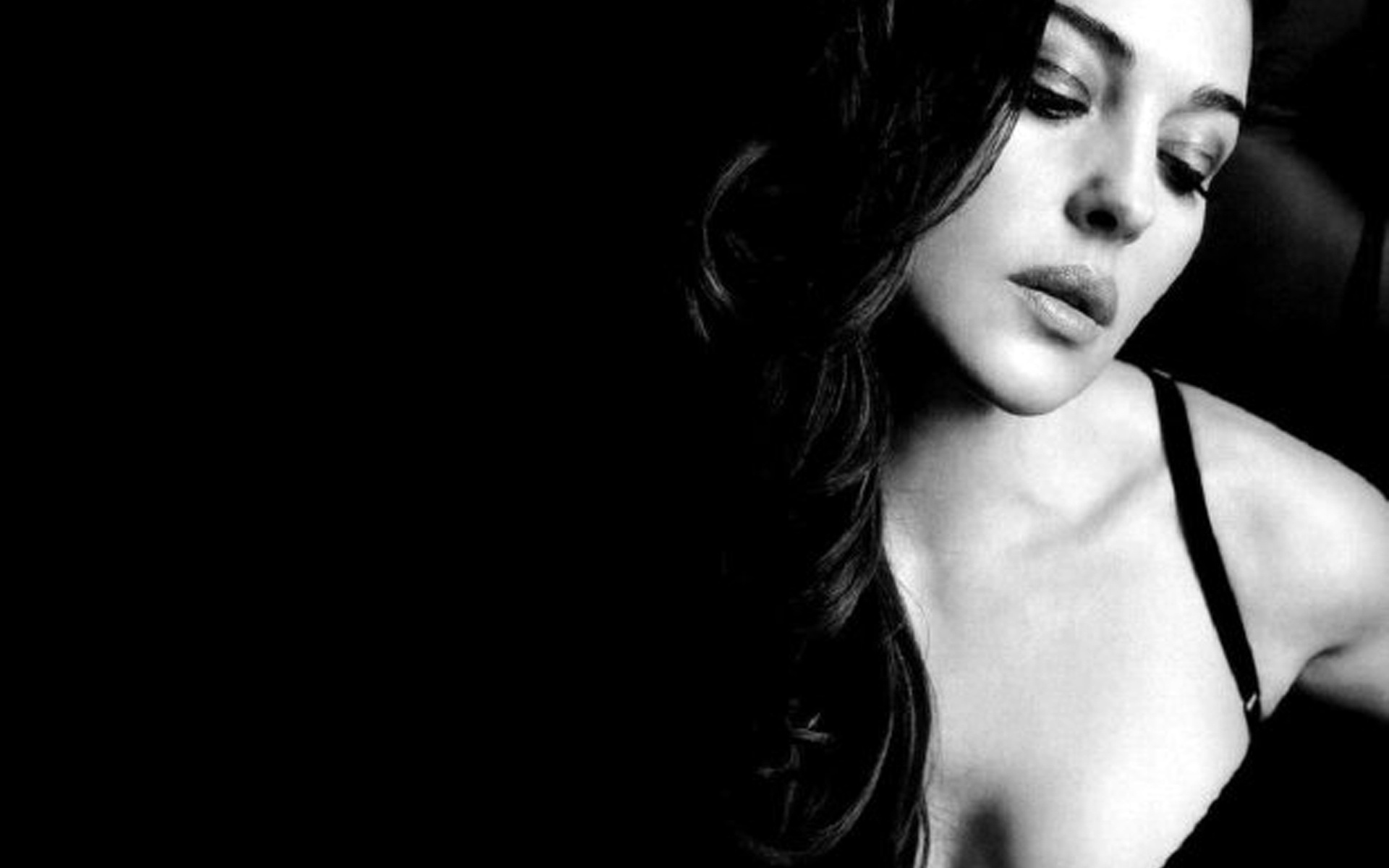 Monica Bellucci Wallpapers HQ