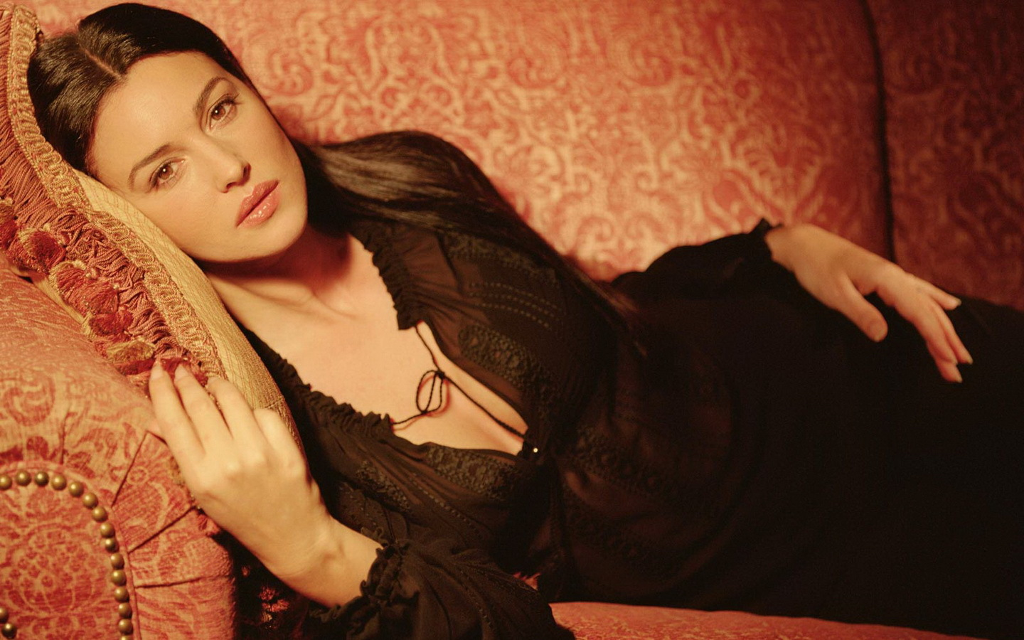 Monica Bellucci Widescreen