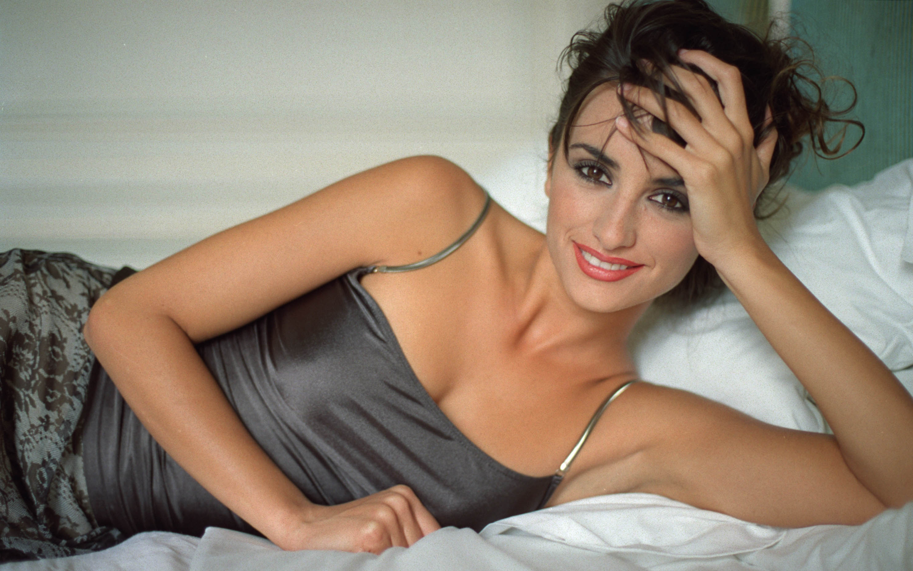 Penelope Cruz Wallpapers And Backgrounds