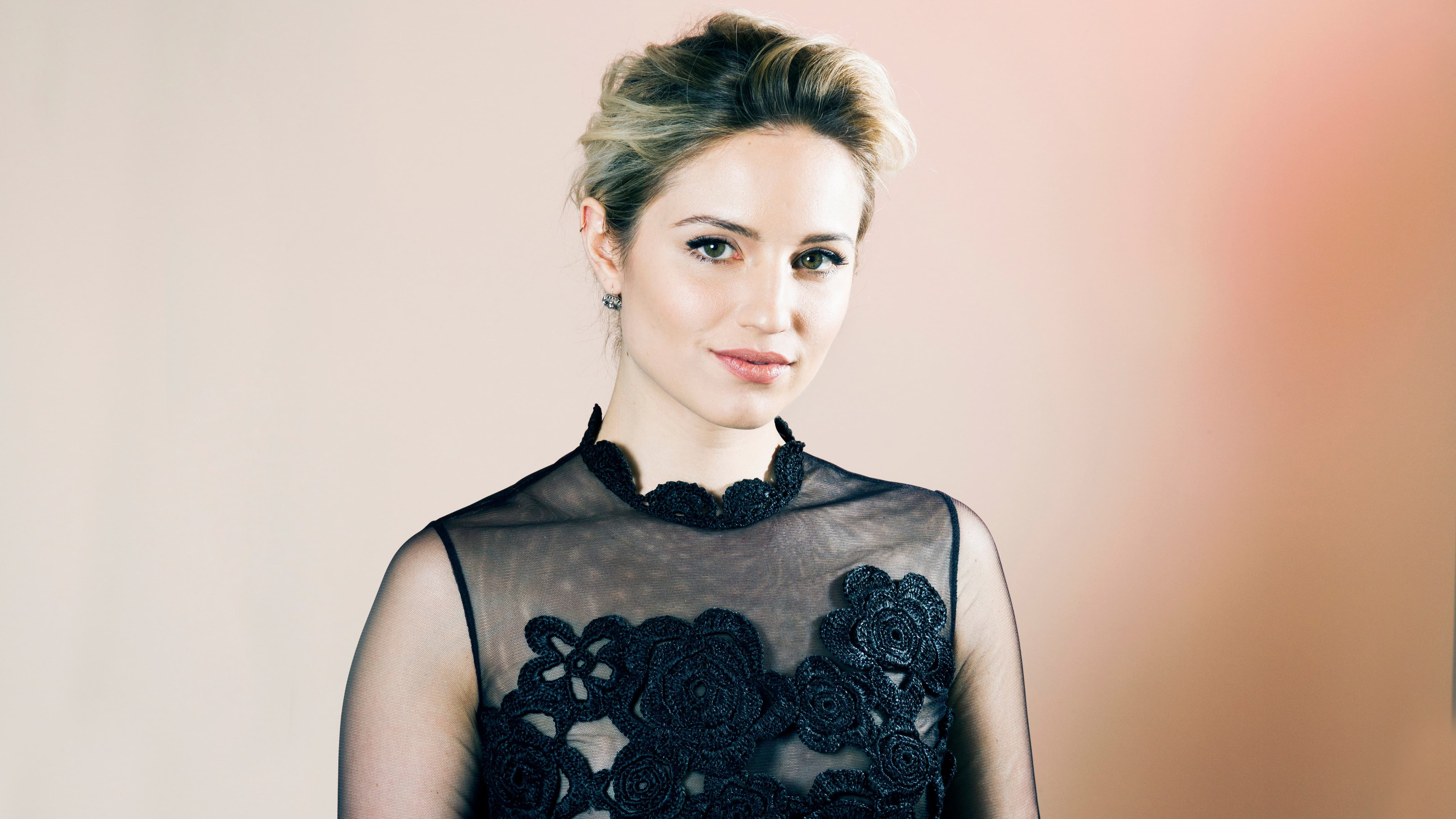 Pictures Of Dianna Agron