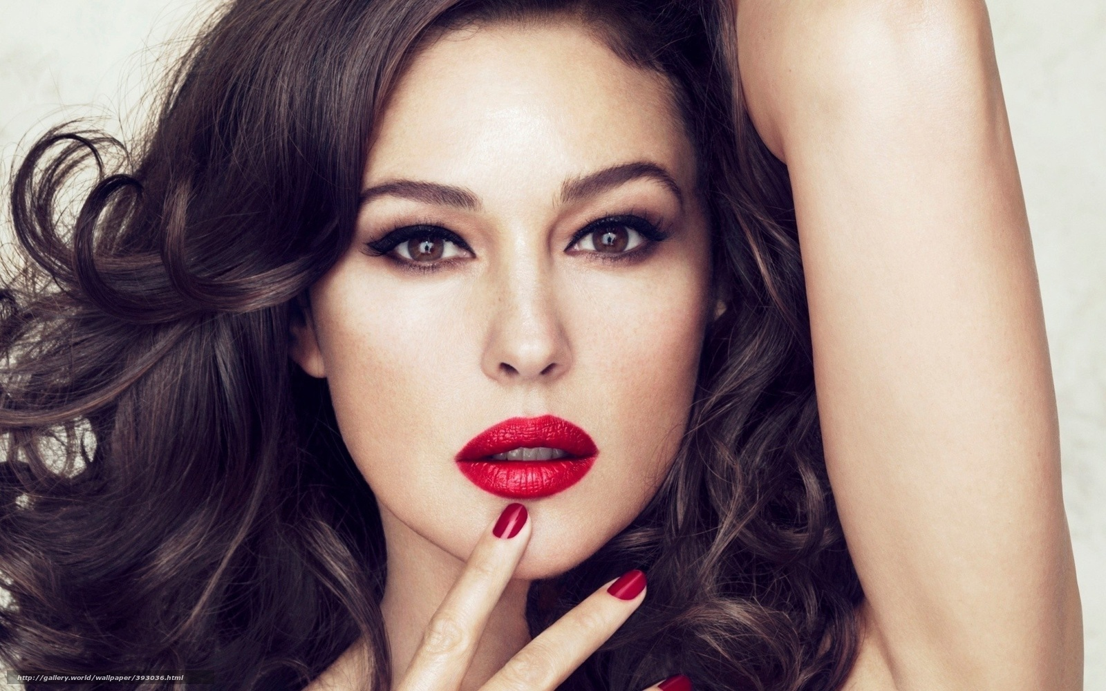 Pictures Of Monica Bellucci