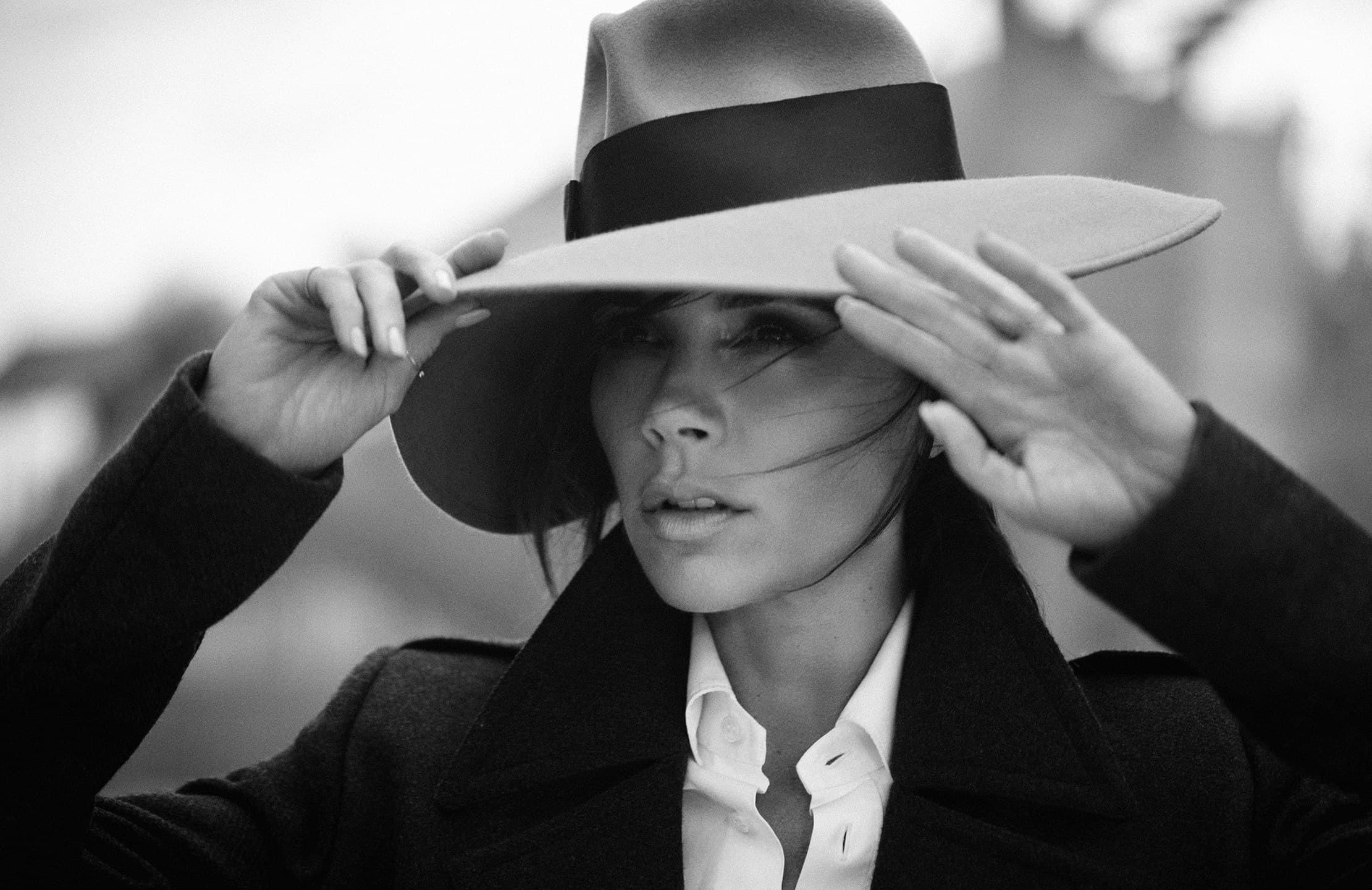 Victoria Beckham HD Wallpaper