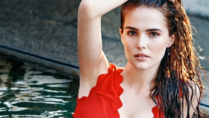 8 Zoey Deutch Cool New Wallpaper