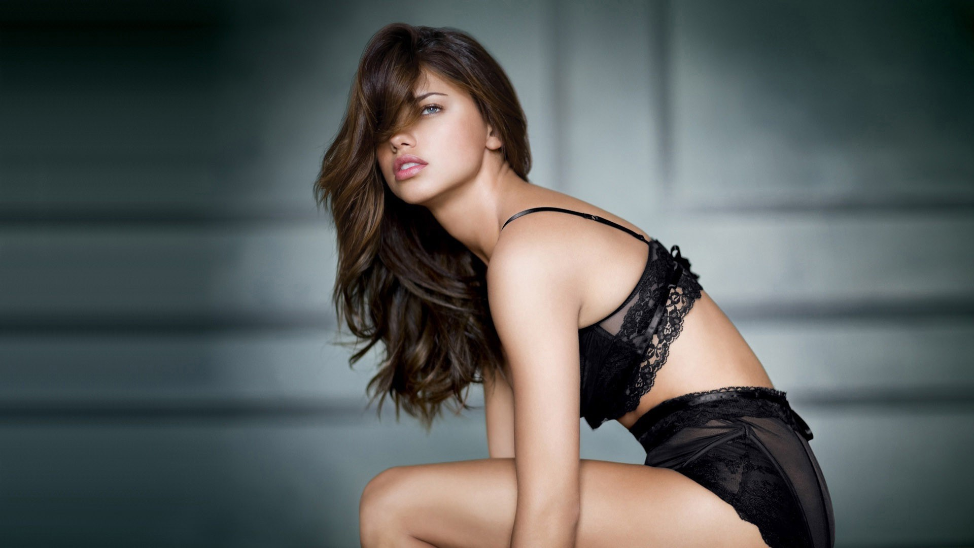 Adriana Lima High Quality Wallpapers
