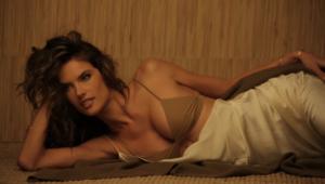 Alessandra Ambrosio Widescreen