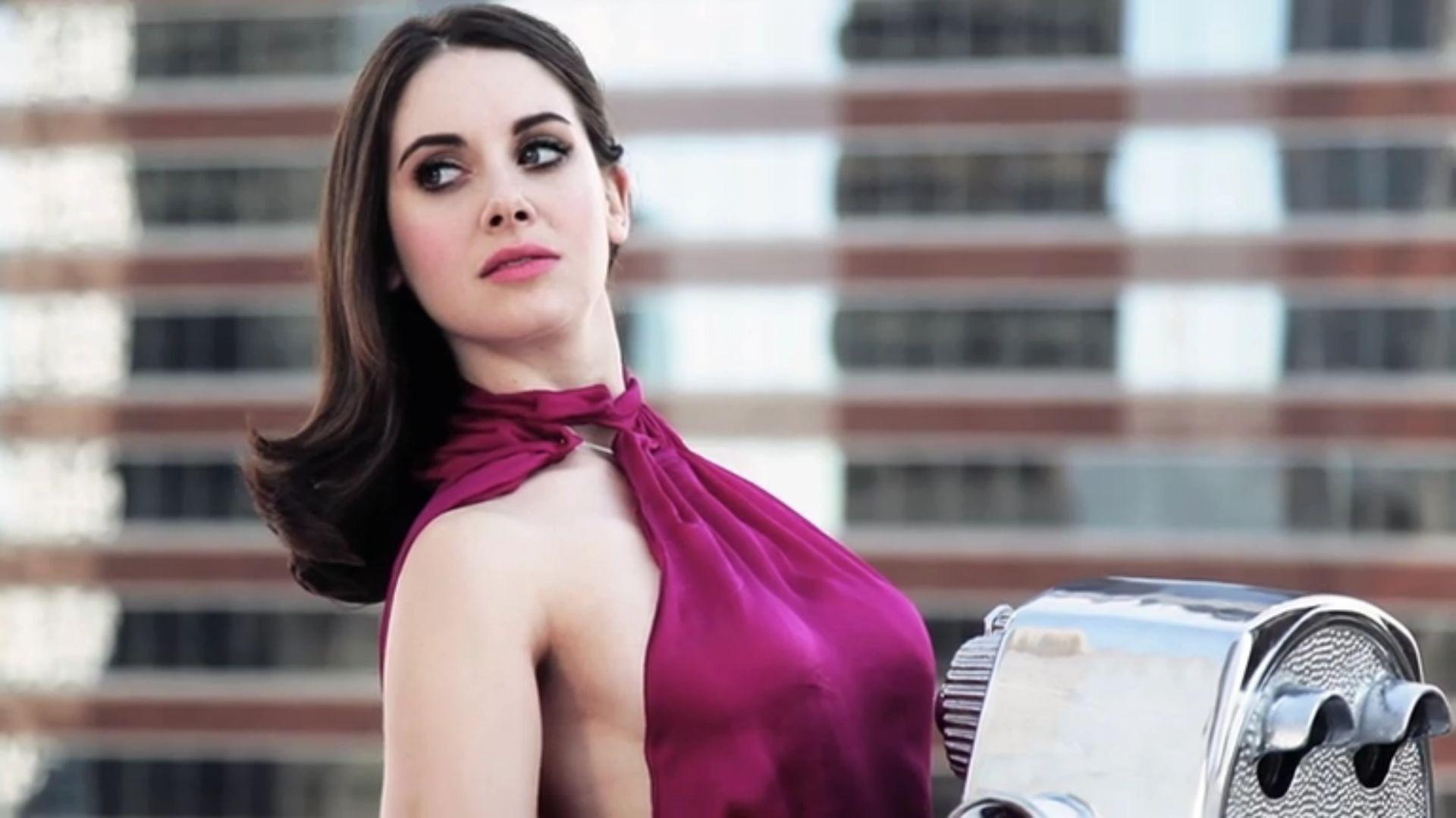 Alison Brie Wallpapers HD