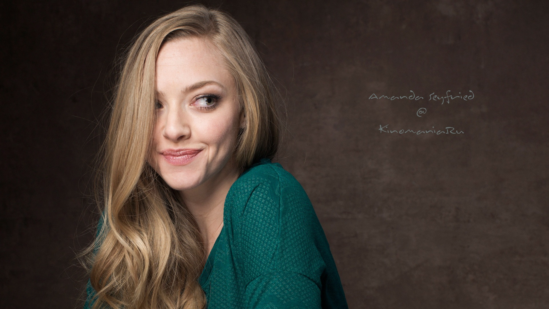 Amanda Seyfried Free HD Wallpapers