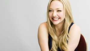Amanda Seyfried Wallpaper For Laptop