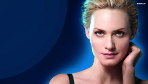 Amber Valletta HD Background