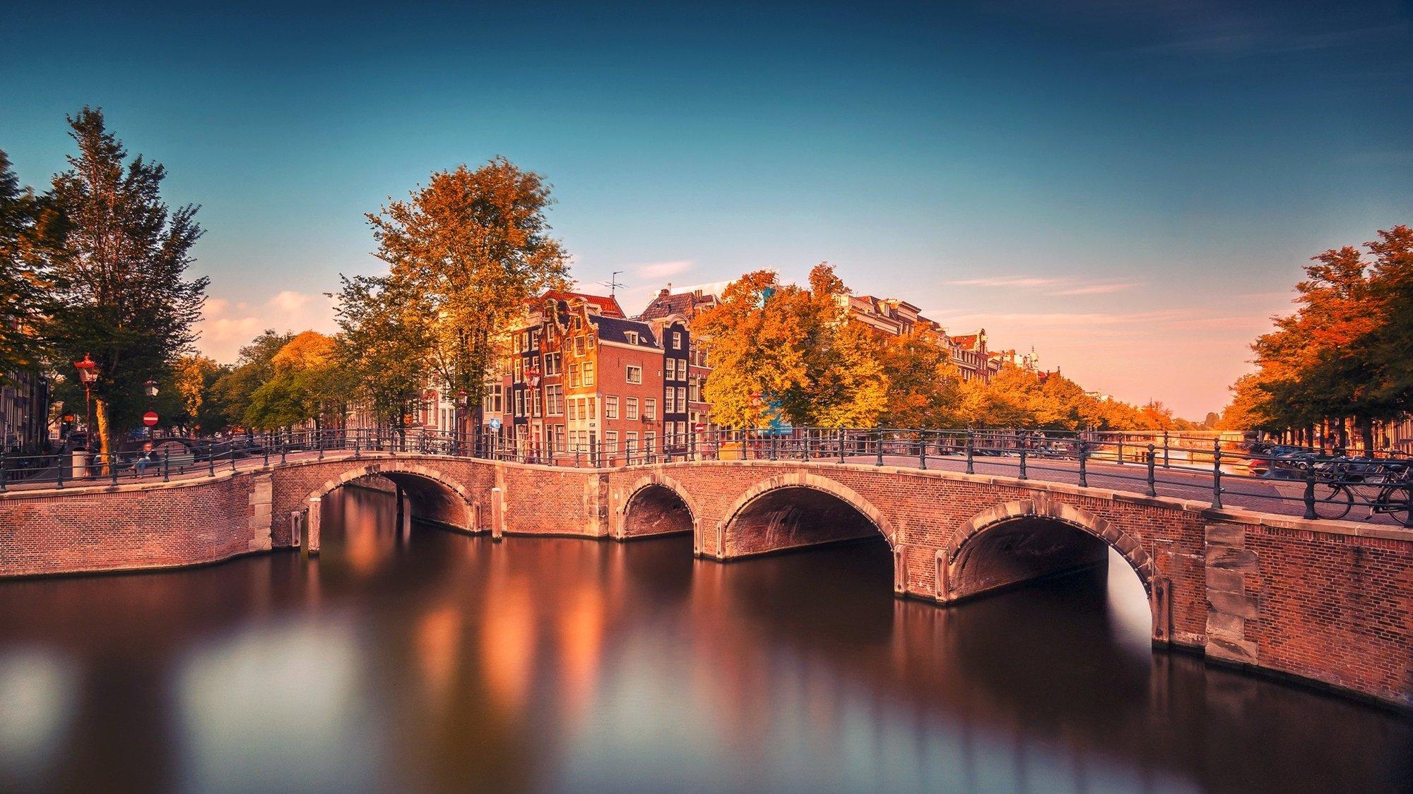 Amsterdam Background