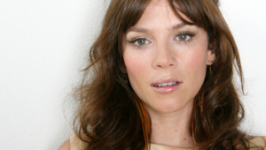 Anna Friel Widescreen