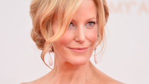 Anna Gunn HD Wallpaper