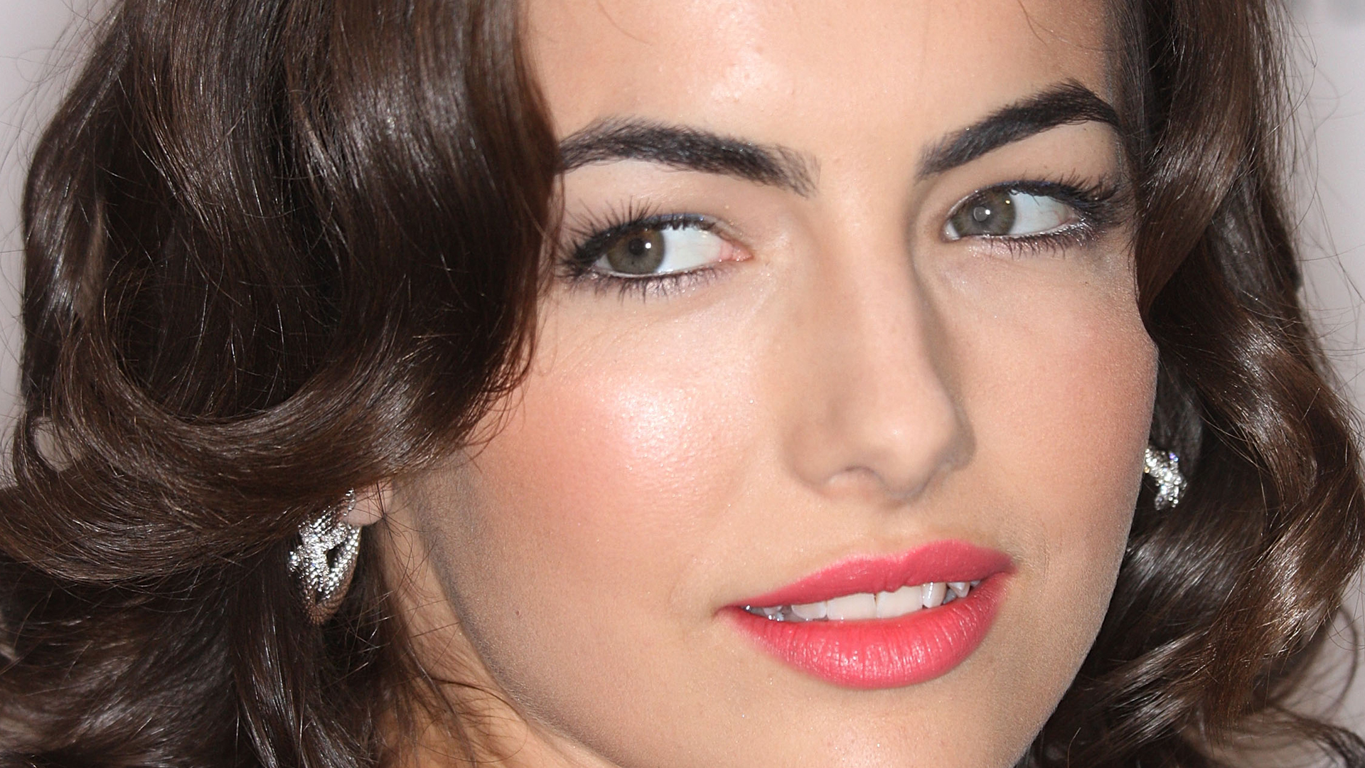 Camilla Belle Full HD