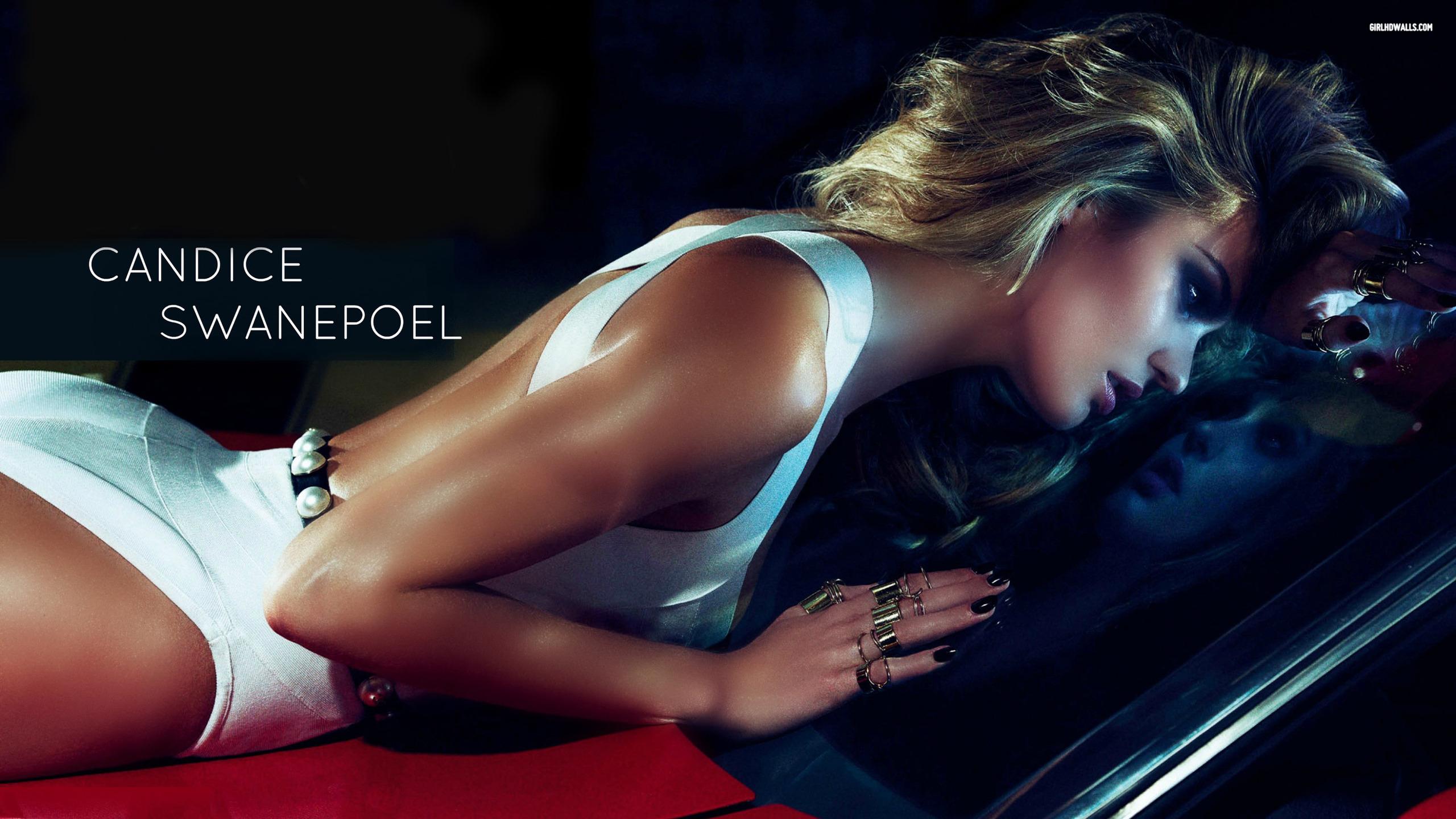 Candice Swanepoel Photos