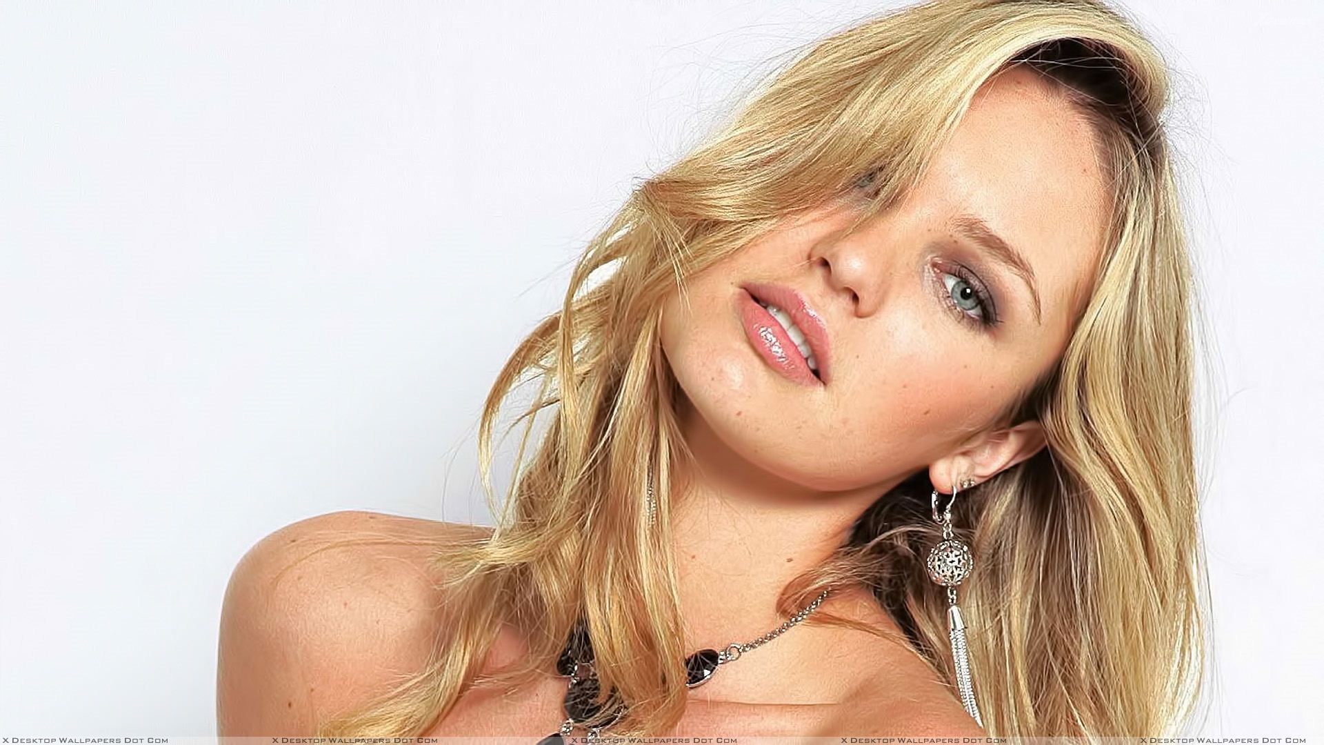 Candice Swanepoel Wallpapers Images Photos Pictures Backgrounds