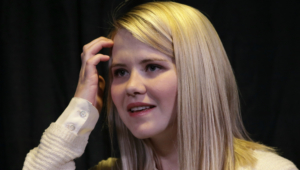 Elizabeth Smart Wallpapers