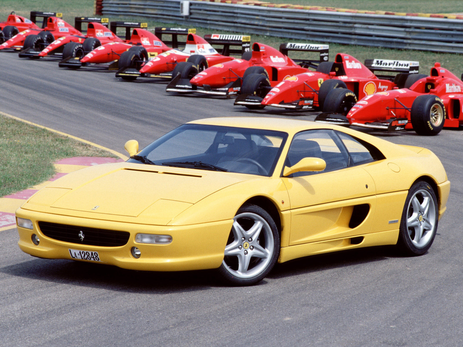 Ferrari F355 High Quality Wallpapers