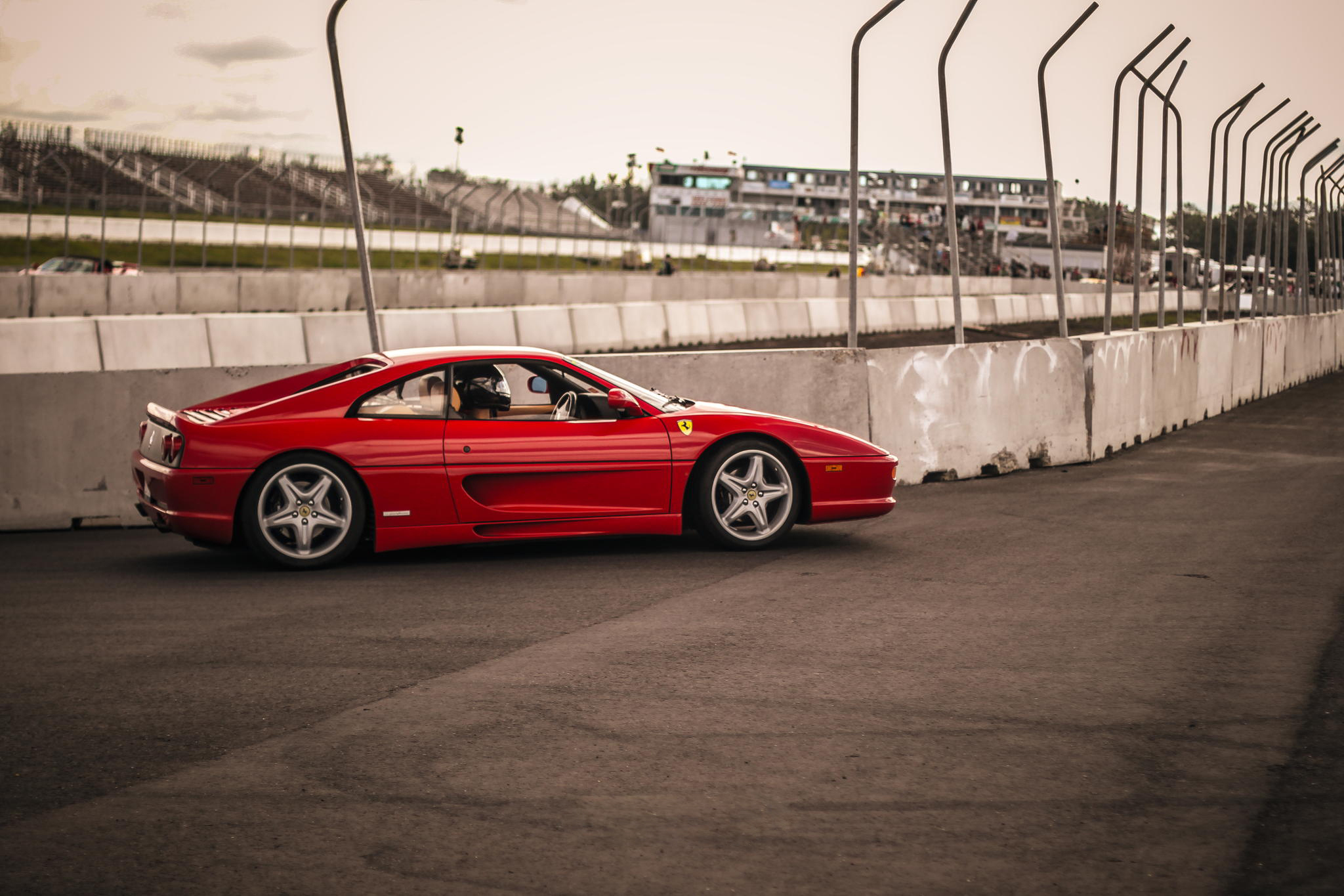 Ferrari F355 Widescreen