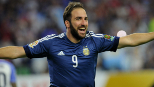 Gonzalo Higuain HD Background