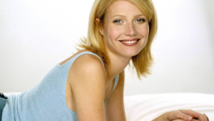 Gwyneth Paltrow For Desktop